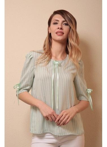 Reyon Desenli Yaka Ve Kol Kurdale Bluz Mint Yeşil